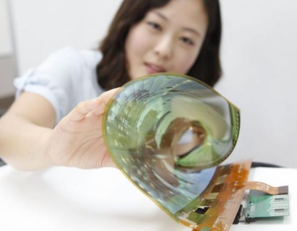 LG Display представила гибкий и прозрачный 77-дюймовый дисплей