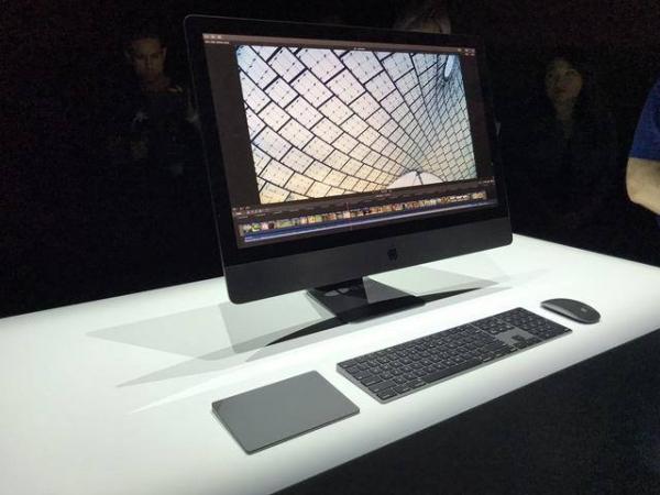 Моноблок Apple iMac Pro в максимальной конфигурации, вероятно, обойдётся покупателям более чем в 17 000 долларов