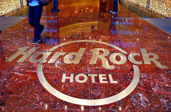 Сети отелей Hard Rock и Loews стали жертвами утечки данных