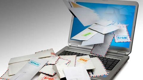 Спамеры берут деньги с клиентов за рассылку спама и с жертв за ее прекращение