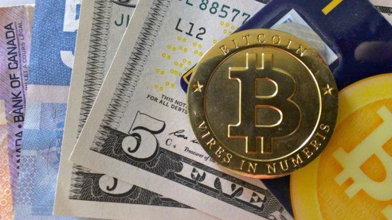 США обяжут въезжающих в страну декларировать цифровые активы