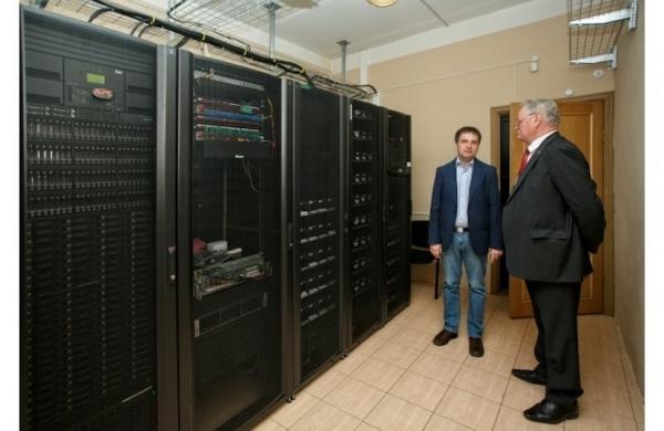 В России создан суперкомпьютер с производительностью 55 триллионов операций в секунду