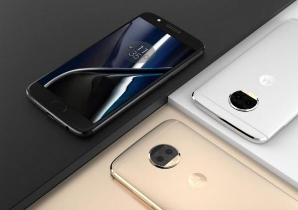 Смартфон Moto G5S Plus получит сдвоенную камеру, один из модулей которой будет монохромным
