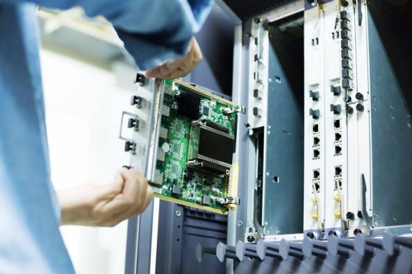 В РФ могут ввести ограничения на госзакупки иностранного оборудования для телекома