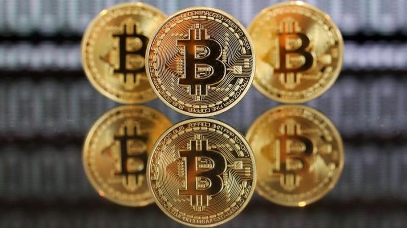 Рост без границ: биткоин выше 4000 долларов
