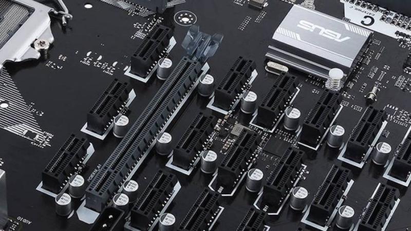 Asus представила материнскую плату для майнинга с 19 слотами PCI-e