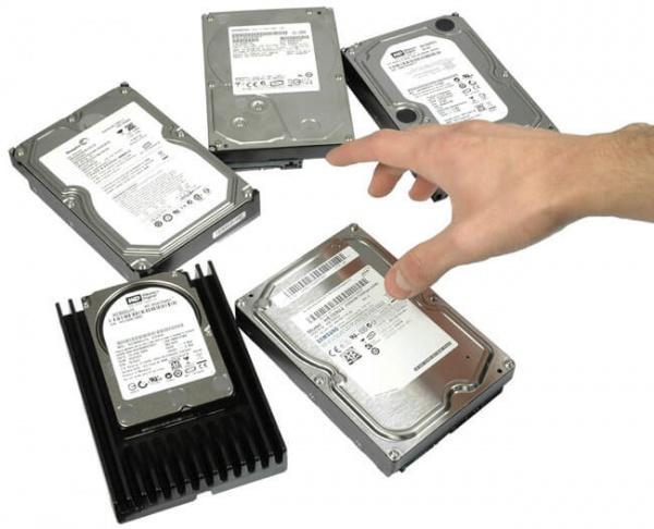 Президент РФ предложил запретить изымать жесткие диски в ходе следствия