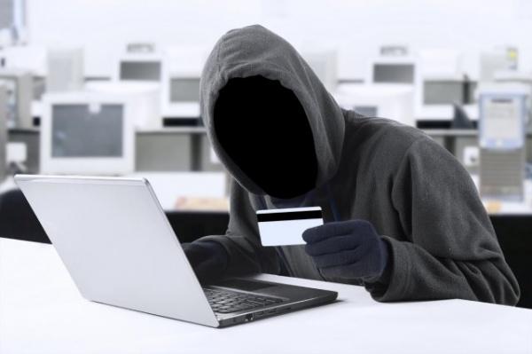 В Госдуме поддержали поправки, ужесточающие наказание за кражи с банковских карт