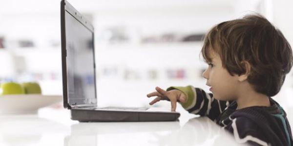 Роскомнадзор заблокировал 21 online-казино для детей