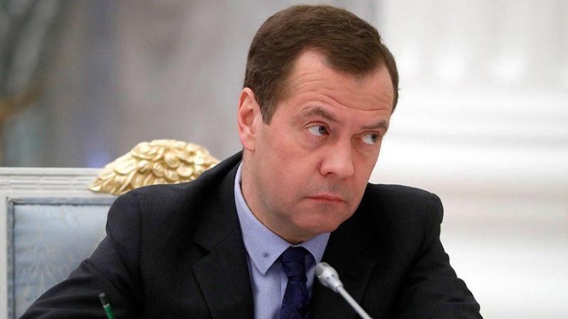 Правительство РФ запретит снимать наличные с анонимных счетов