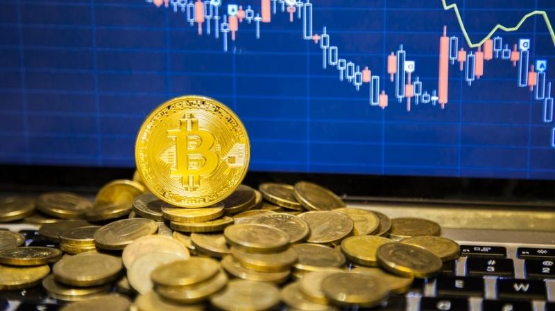 Биткоин снова стоит дороже всех остальных криптовалют