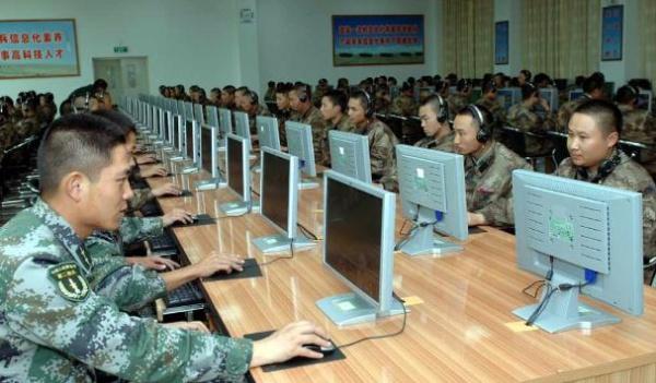 Китайские хакеры преследуют миллиардера в изгнании