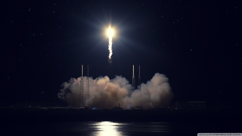 To the moon! Курс биткоина преодолел отметку в $5000