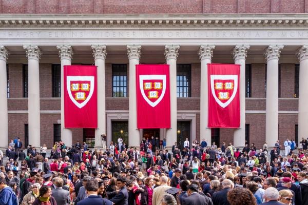 20 стипендий от американских вузов для иностранных студентов