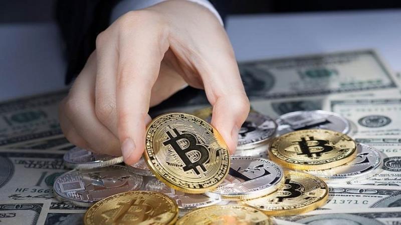 Наркодилер из Воронежа отмывал деньги через криптовалюту