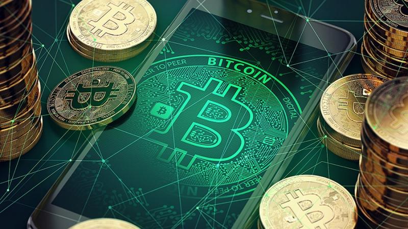 Материальные биткоины: история, возможности и нормативные вызовы