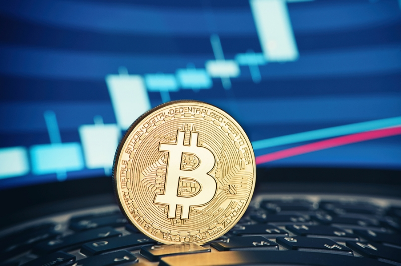 Запуск фьючерсов на биткоин подтолкнул цену на $1000 за 8 минут