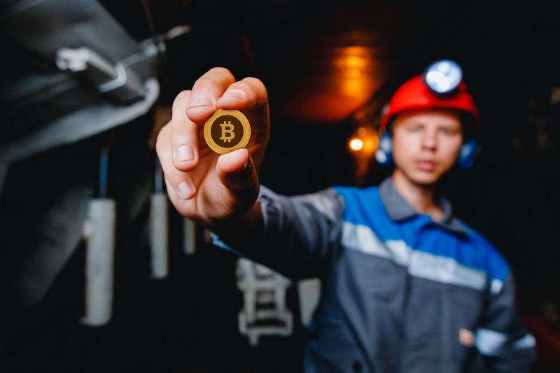 Bitfury и Hut 8 Mining Corp строят самый крупный центр по майнингу биткоинов в Северной Америке