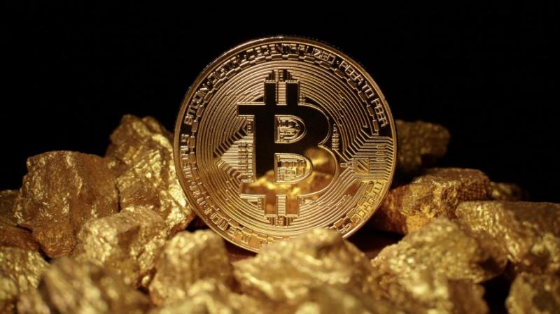 Клиенты Goldmoney покупают биткоины чаще золота
