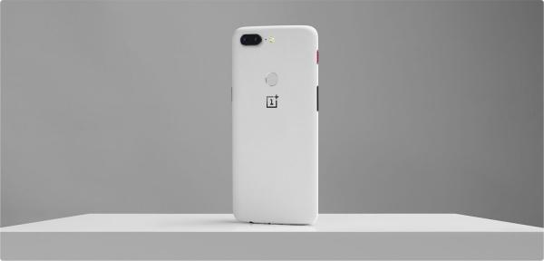OnePlus показала 5T в белом цвете