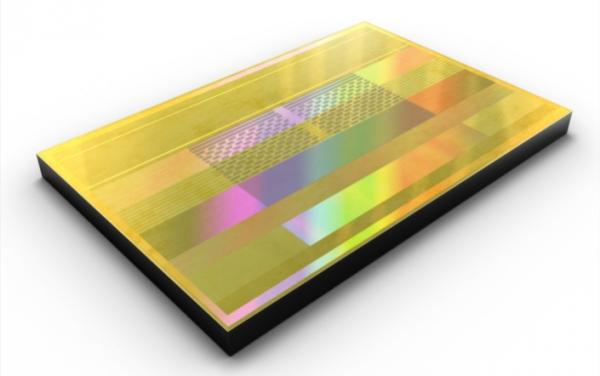 Samsung начала выпуск 8-Гбайт памяти HBM2 с наивысшей скоростью обмена