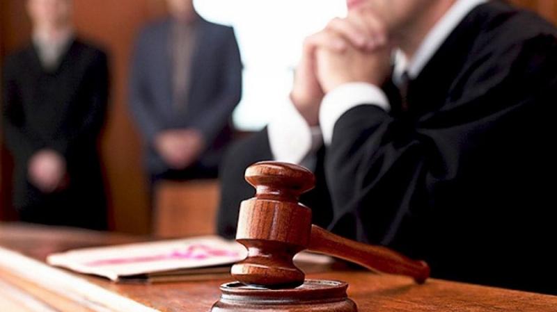 Горе-трейдер подал в суд на биткоин и криптовалютную биржу Huobi