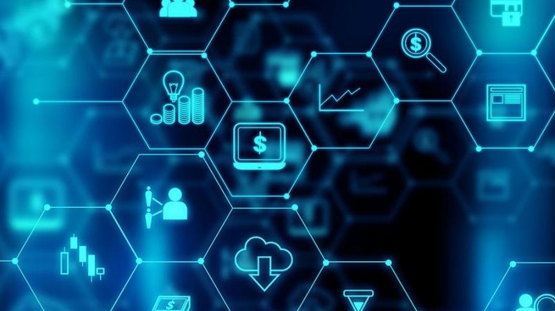 Минэкономразвития и ВЭБ используют блокчейн для закупок