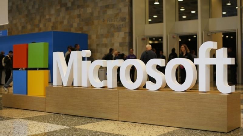 Microsoft оценивает публичные блокчейны для своего приложения децентрализованной идентификации