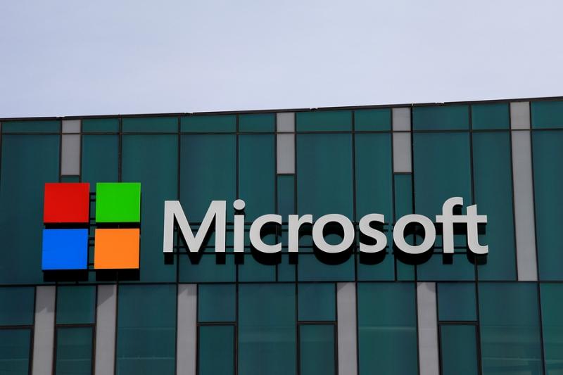 Microsoft собирается хранить идентификационные данные в блокчейне