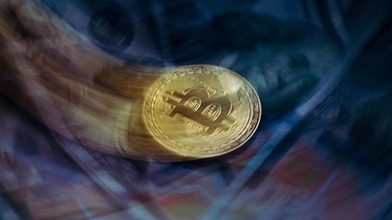 Рынок нащупывает дно: цена биткоина опустилась до $6000
