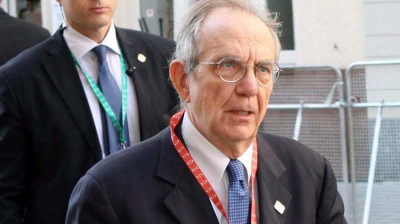 Министр экономики Италии опасается «взрыва криптовалютного пузыря»