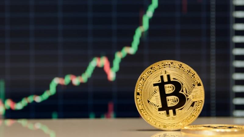 Бывший топ-менеджер Goldman Sachs: в этом году биткоин достигнет $15 000