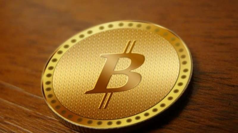 Исследование: как комментарии в соцсетях влияют на цену биткоина