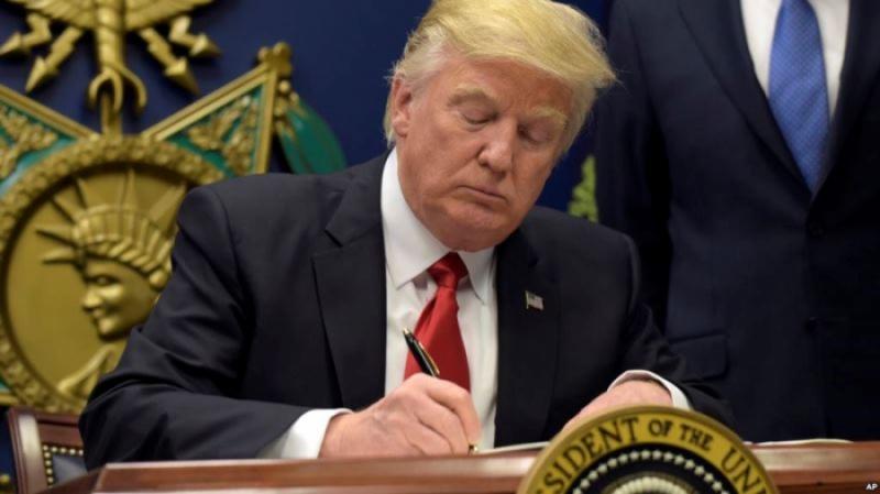 Дональд Трамп одобрил создание рабочей группы по борьбе с криптовалютным мошенничеством